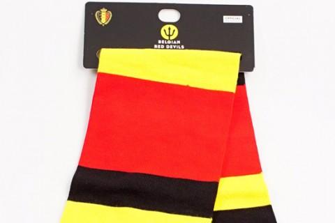 Custom header card on scarf Belgium