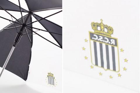 Custom printed umbrella detail